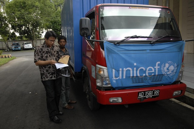 101029_merapi002